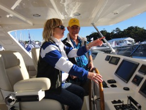 Powerboating tuition Southern Cross Yachting